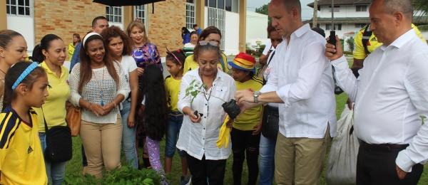 El Consulado de Colombia en Colón, Panamá celebró la Fiesta Nacional con las víctimas del conflicto