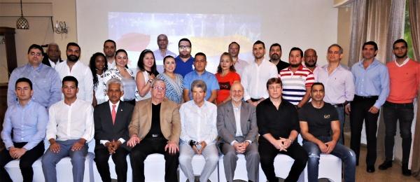 Reunión de trabajo del Embajador de Colombia en Panamá con las autoridades y empresarios de la zona libre